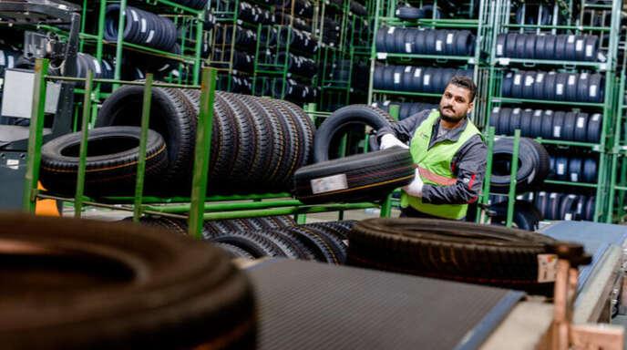 In der Betriebsstelle von Lahr in Gengenbach stehen 40 000 Quadratmeter Lagerfläche zur Verfügung.