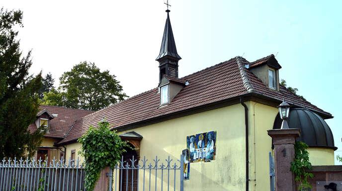 Die Augustiner-Chorfrauen haben den Liebfrauenhof in Fessenbach veräußert. Die zum Anwesen gehörende Kapelle wurde deshalb profaniert.