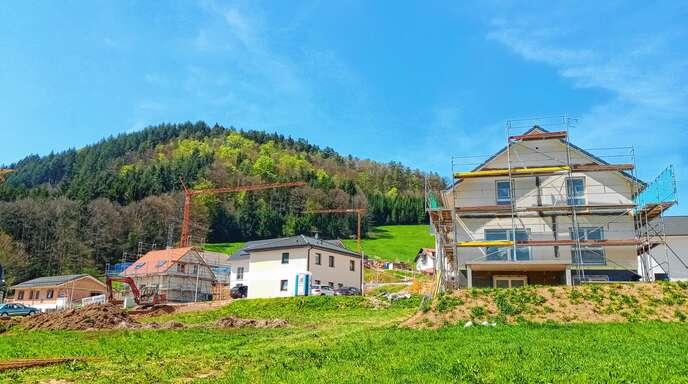 Beim Verkauf von vier Grundstücken im Baugebiet Albersbach IV wendet die Stadt bereits die neue Vergaberichtlinie an.
