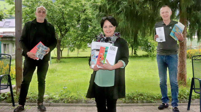 Stellten das neue Leselenz-Programm vor (von links): José F.A. Oliver, Ulrike Tippmann, Hartmut Martin