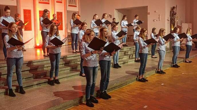 Nach längerer coronabedingter Zwangspause lieferte der Junge Chor Fautenbach am Sonntag ein erfrischendes Konzert in der Jugendkirche ab.