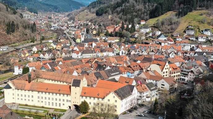 Das Schlossareal bestimmte in den letzten Jahren das Geschehen im Sanierungsgebiet zwischen Hauptstraße und Kinzig. Doch auch private Eigentümer investierten in den vergangenen Jahren insgesamt knapp sechs Millionen Euro.
