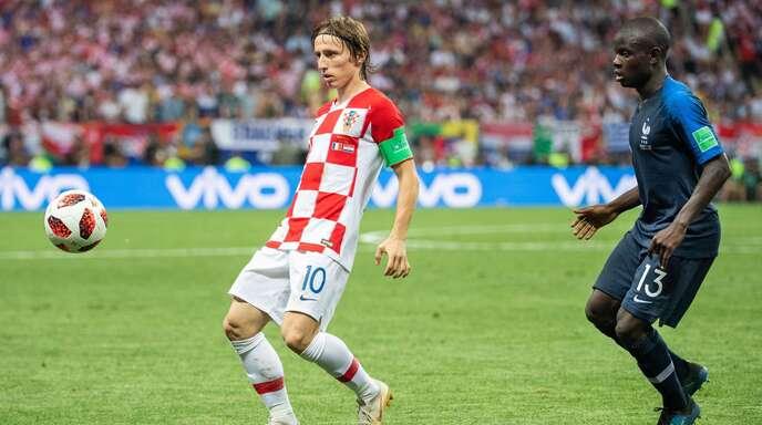 Luka Modric (links) und N'Golo Kanté gehören zu den tragenden Säulen ihrer Teams.