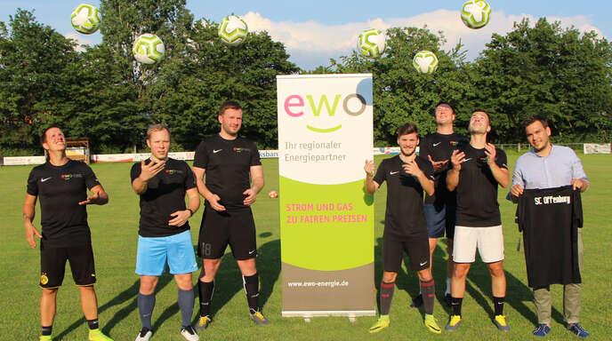 2. Platz: SC Offenburg (von links) Steven Tränkle, Vorstand Daniel Kempf, Yannick Männle, Enrico Wussler, Tim Steurer, Gregor Grimm, Vorstand Timo Bayer.