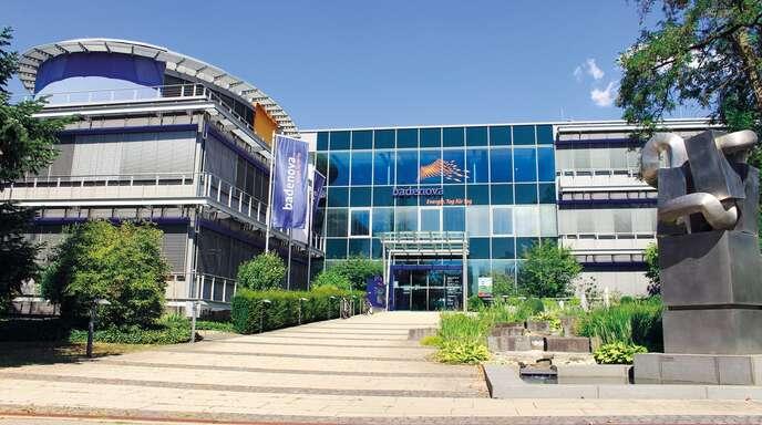 Aus der Region, für die Region: Die badenova AG & Co. KG mit Unternehmenssitz in Freiburg beliefert allein 300.000 Privatkunden mit Strom, Wasser und Wärme.