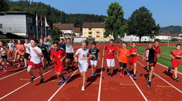 Robert-Gerwig-Gymnasiumnimmt an der 1. Deutschen Meisterschaft im Sponsorenlauf teil.