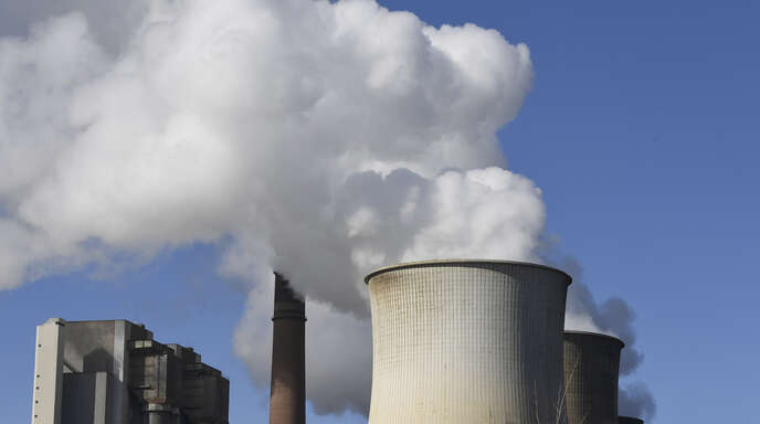 Kohle spielt bei der Stromerzeugung in Deutschland eine immer geringere Rolle. Im Bild das RWE-Kohlekraftwerk in Eschweiler bei Aachen.