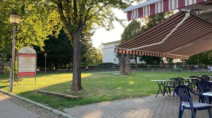Im Pfählerpark halten sich Obdachlose, Asylbewerber und Jugendliche auf. Einige von ihnen sorgen für Probleme in den umliegenden Gastronomien.