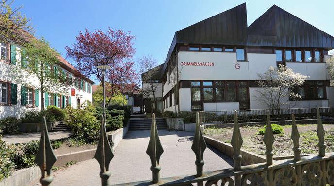 Auch am Grimmelshausen-Gymnasium sind die Abiturprüfungen zu Ende gegangen. 39 Schüler haben die Hochschulreife erworben.