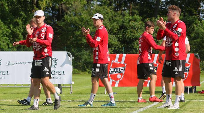 Der FBC Offenburg nimmt Abschied aus der 1. Bundesliga (v. l.): Thomas Häusler (verdeckt), Oliver Späth, Matthias Lilienthal, Mark Borho und Stefan Konprecht.