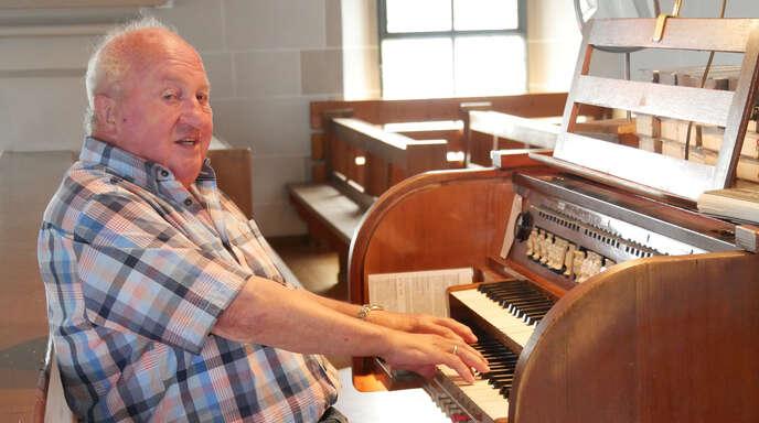 Kirchenmusik ist sein Leben: Seit sechs Jahrzehnten ist Helmut Glatt Organist.