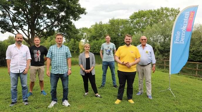 Von links: Tomislav Rus (2. Stellvertreter), Andreas Örtel (Stadtrat in Kehl), Benedikt Eisele (Vorsitzender), Eileen Lerche (Junge Liberale Südbaden), Martin Gassner-Herz (Bundestagskandidat), Karlheinz Axt (langjähriger Kreis- und Stadtrat in Kehl).