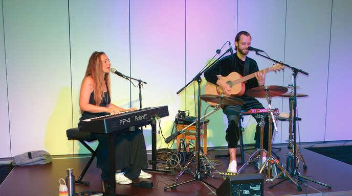 Das Duo Alva mit Jannike und Jan begeisterte beim zweiten Klosterkonzert der Saison in Haslach