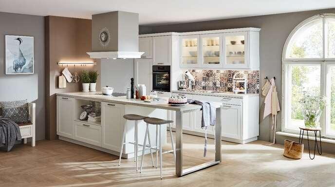 Damit alles passt: Falls gewünscht können in einer Partnerwerkstatt Möbel angepasst oder auch speziell angefertigt werden.