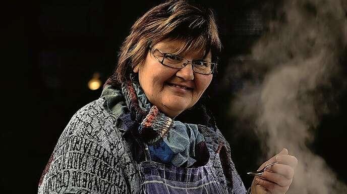 Genesungsbegleiterin Sabine Singler ist eine der Verantwortlichen des Mittagstischs.