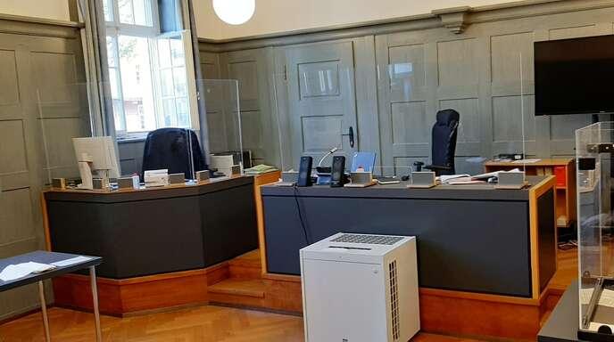 Zwar blieben nicht alle Plätze im Kehler Amtsgericht leer, wie auf diesem Symbolfoto, jedoch erschien der Angeklagte nicht zur Verhandlung im Sitzungssaal. Somit wurde sein Einspruch gegen den Strafbefehl wegen Unterschlagung von Richterin Lydia Beil verworfen.