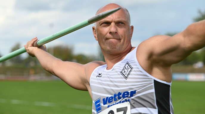 Wolfgang Zimmer siegte in Baunatal mit über vier Metern Vorsprung.