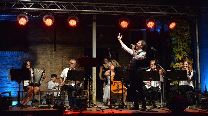 Mit Pariser Charme und viel Humor überzeugte Tenor-Sänger Patrick Labiche.