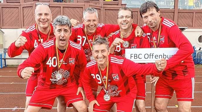 Das erfolgreiche M45-Team des FBC Offenburg (h. v. l.): Marko Isenecker, Thomas Meier, Axel Rottenecker, Rainer Frommknecht. V. v. l.: Ralf Herp, Markus Danner.