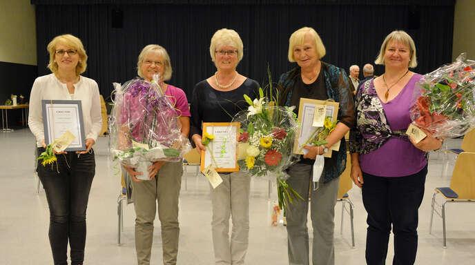 Ehrungen beim Gemischten Chor Diersheim (von links): Tatjana Schlegel, Beate Hummel, Ilse Heiland, Dorle Gronau und Beate Lüftner.