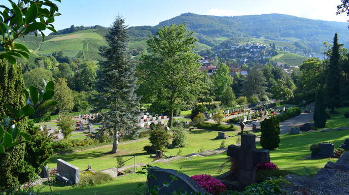 Nach und nach verändert der Sasbachwaldener Friedhof sein Gesicht.