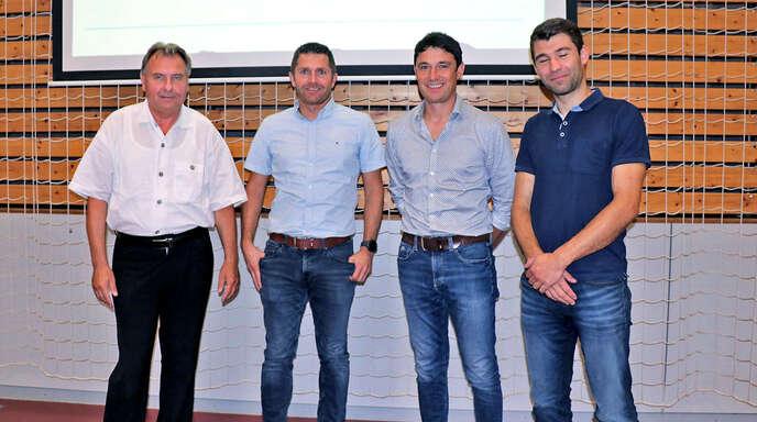 Der scheidende Vorsitzende Hans-Peter Steiner (von links) und das neue Vorstandstrio der DJK Welschensteinach mit Benjamin Schöpf, Stefan Jäkle und David Maier.