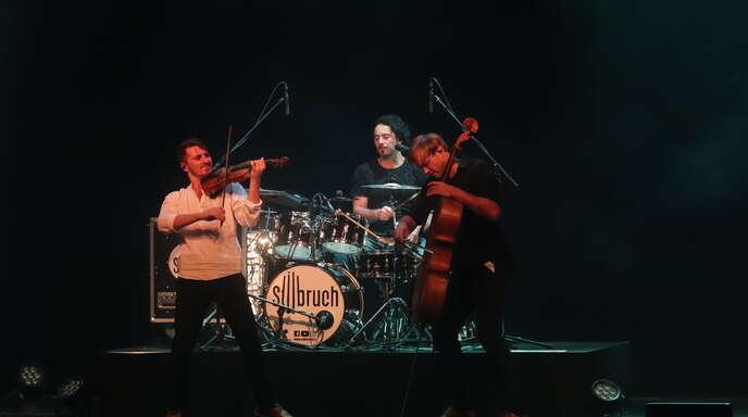 Die Band Stilbruch beim Konzert in der Offenburger Reithalle.