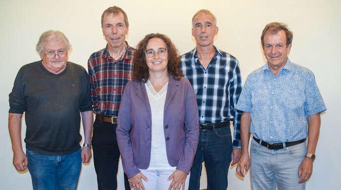 Der wiedergewählte Vorstand des Historischen Verein: von links Egbert Hoferer, Herbert Bruder, Andrea Lienhard, Thomas Laifer und Herbert Vollmer.