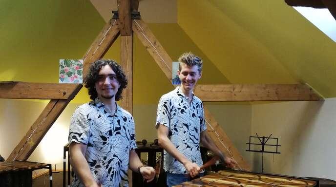 Haben beim Bundeswettbewerb Jugend musiziert mit der Höchstpunktzahl abgeräumt: Julian Scheider (links) und Adrian Stark aus Offenburg.