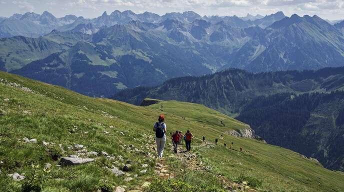 Das österreichische Kleinwalsertale ist eine Enklave, in die Schulen fahren dürfen.