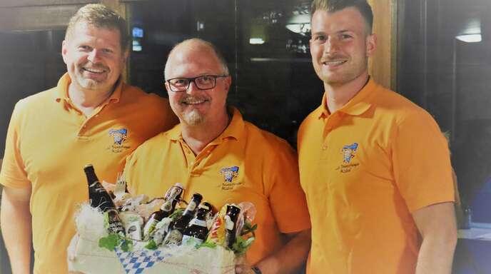 Wechsel auf dem Posten des 1. Vorsitzenden (v. links): Präsident Thorsten Erhardt, Ralf Dietrich und der neue 1. Vorsitzende Marco Federer
