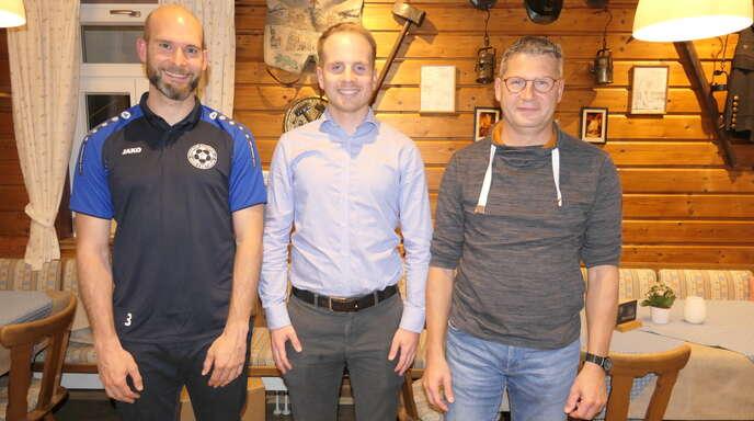 Patrick Kirgus (von links) und Florian Haist übernehmen den Vorsitz des Fördervereins und Michael Harter das Amt des Schriftführers. In Abwesenheit wurden Kassierer Harald Harter sowie die Beisitzer Dennis Faisst und Karl-Philipp Schmid gewählt.
