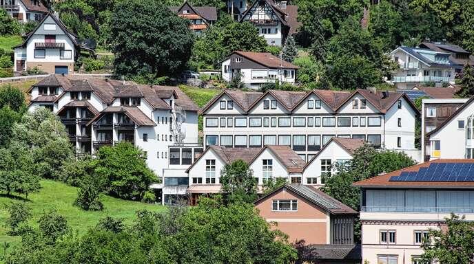 Die Wagner-Kliniken in Sasbachwalden sollen bald Geschichte sein. Die Abrissbagger werden Anfang 2022 anrollen.