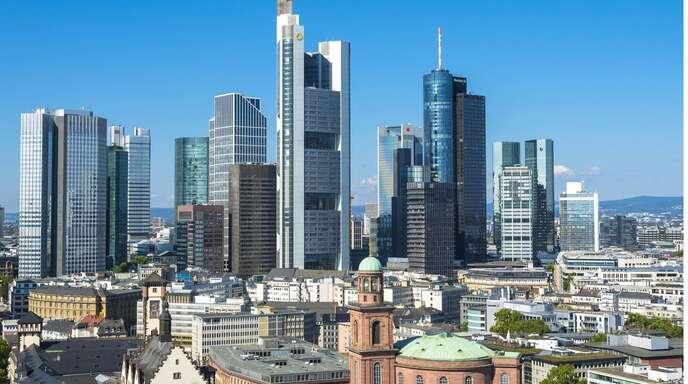 In Ballungsräumen und Metropolen – allen voran Frankfurt – sind Immobilien besonders teuer.