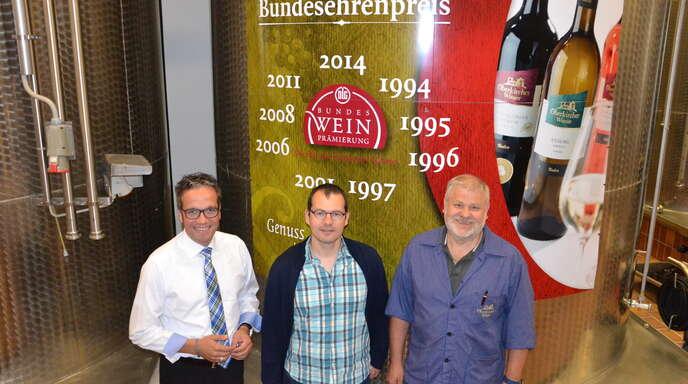 Sie wollen die Oberkircher Winzer eG weiter nach vorne bringen: von links Geschäftsführer Markus Ell, Qualitätsmanager Frank Männle und Kellermeister Martin Bäuerle.