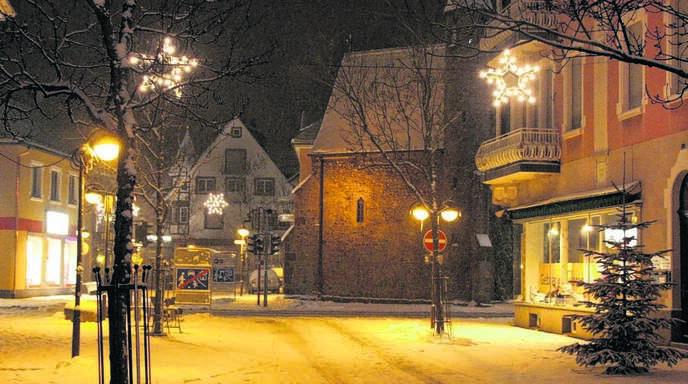 Kitschige Weihnachtsbeleuchtung.Achern Oberkirch Achern Acherner Weihnachtsbeleuchtung Wird Erst