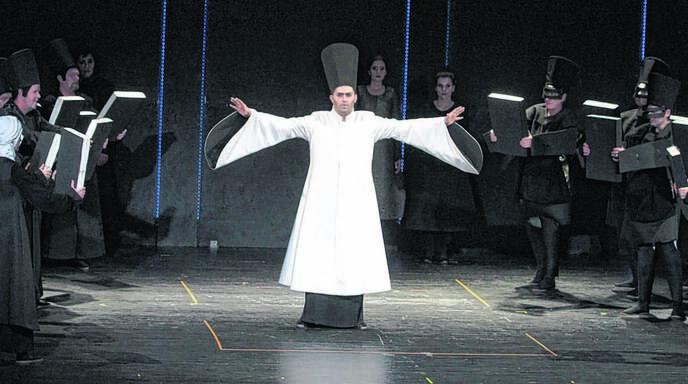 Eine beeindruckende Vorstellung: Verdis »Nabucco« in der Stadthalle Lahr.