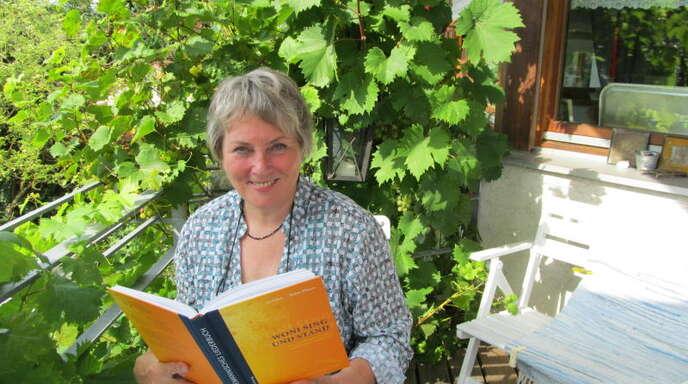 Margot Müller von der Offenburger Muettersproch-Gsellschaft setzt sich dafür ein, dass der öffentlich-rechtliche Rundfunk mehr Wert auf Mundart legt.