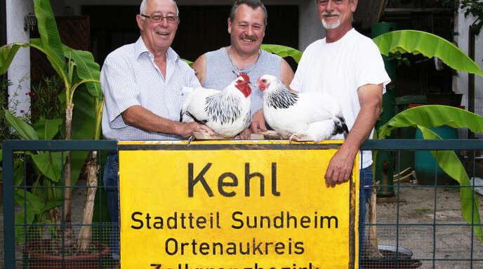 Von links die Züchter Rudi Sommer aus Sundheim, Dieter Prehn aus Königslutter (Niedersachsen) und Rudi Hummel aus Rheinau.
