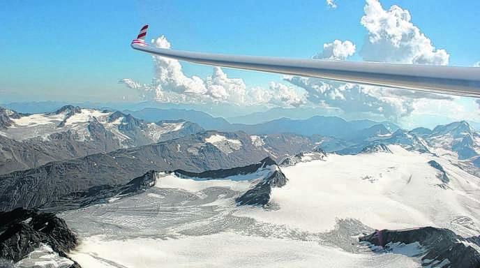 Visuelle Abkühlung: Die gute Wetterlage nutzte Joachim Treier von der Fliegergruppe Renchtal für einen Segelflug über die Alpen.