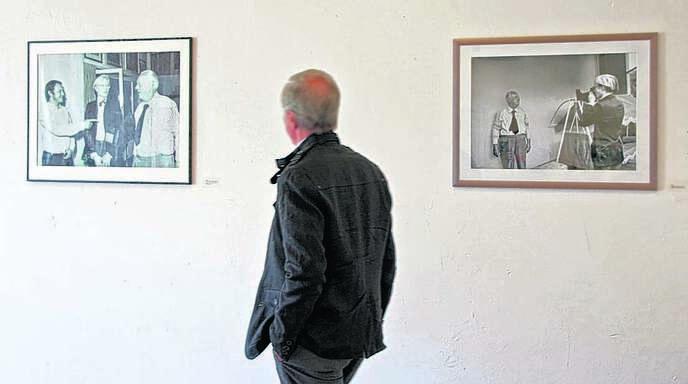 Schöne Erinnerungen: Bilder der Verlegerfamilie Burda mit und von Künstler Andy Warhol sind in der Schlössle-Galerie zu sehen.