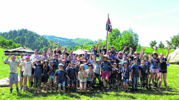 85 Renchtäler Pfadfinder schlugen in Giedensbach ihr Stammeslager auf und verbrachten zwei Nächte im Zelt.