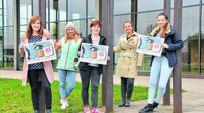 Die Jugendgemeinderäte Lena Herr, Josefine Kopf, Tabea Decker, Lea Seifried und Louisa Zimmer (von links) freuen sich auf die etwas andere Künstlermesse.