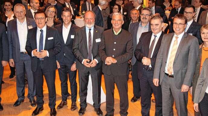 Gut gelaunt war die CDU-Landtagsfraktion, an der Spitze mit dem Fraktionsvorsitzendem Wolfgang Reinhardt (2. von links), beim Bürgerempfang in der Günter-Bimmerle-Halle in Oppenau.