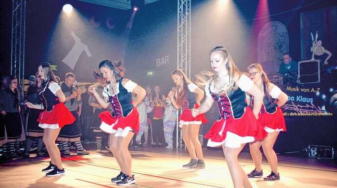 Die Diamond-Girls aus Memprechtshofen präsentierten einen rassigen Auftritt.