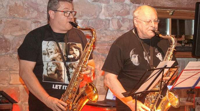 Uwe Vogelmann (links) und Dieter Kammerer begeisterten die Besucher in Nonnenweier.