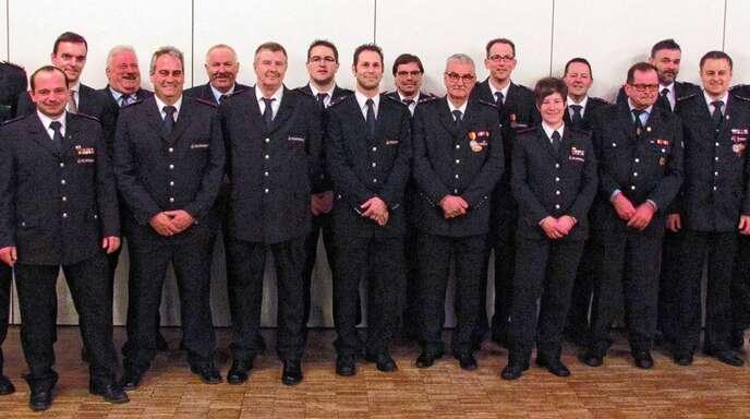 Die Gesamtwehr Friesenheim ehrte Mitglieder für ihr Engagement.