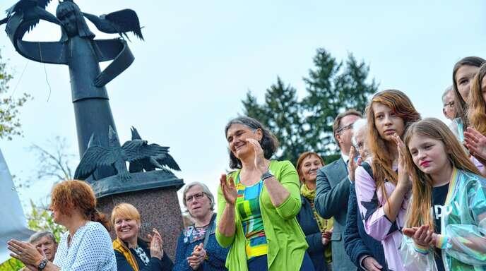 Die tollen Auftritte der Albersböscher machten Christine Redlingshöfer (57, Mitte) den Abschied nicht leicht.