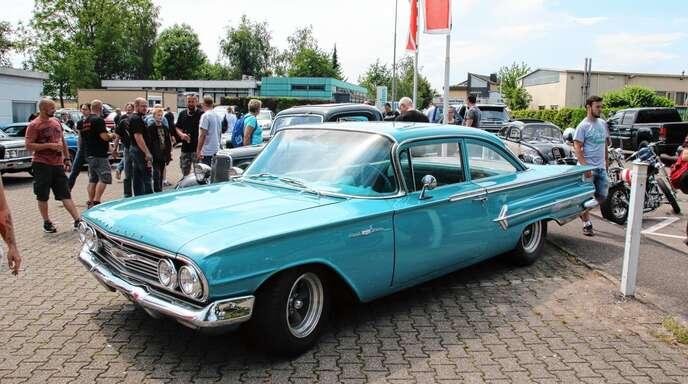 Die elfte »Car & Bike Show« beim Theodor-Noise-Club im Acherner Industriegebiet präsentierte noch nie so viele Hingucker auf zwei und vier Rädern wie am Sonntag.