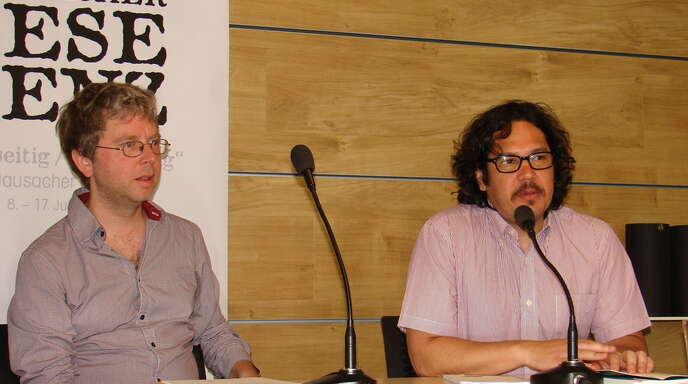 Eines von fünf »Dichtergespannen«, die am Leselenz-Samstag bei Streit-Punkt aus ihren Werken lasen: Luis Chaves aus Costa Rica und Timo Berger als Übersetzer und Dichter.